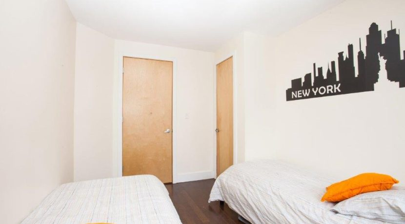 1-Twin-Room-(2)