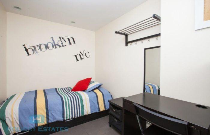 Single Room Rental - Holiday Estates - Real Estate - Student Services