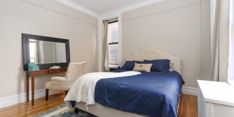 4 Room Queen Bed_1
