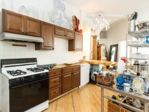 Pacific Street Apartment Rental - Kitchen